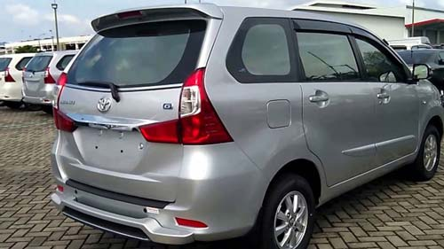 Toyota avanza for rent in lebanon